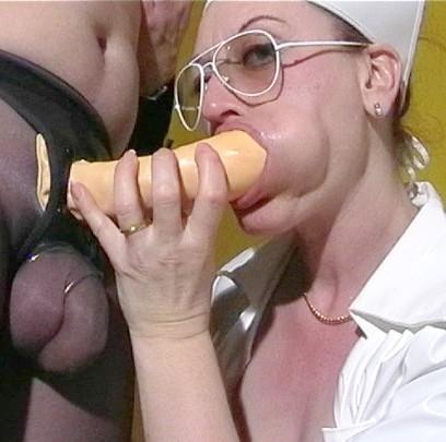 Lehrerin Riesenschwanz Braungebrannt Orgasmus