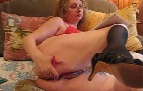 Dolly Vollbusige Fetisch Massage