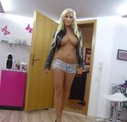 Schwanz blasen dann ficken von SexyAnina » Video jetzt ansehen - hier klicken!